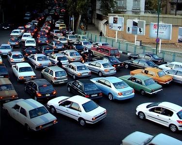 มารยาทในการขับขี่รถยนต์คือสิ่งที่ขาดไม่ได้ในท้องถนน